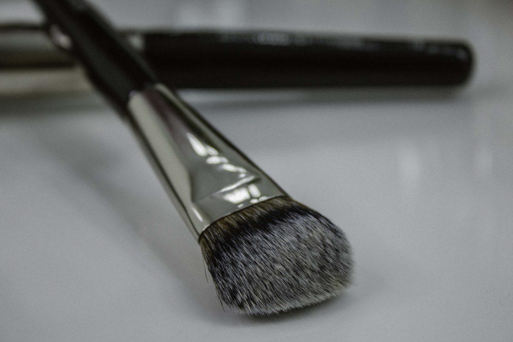 pensule Leonardo makeup brushes